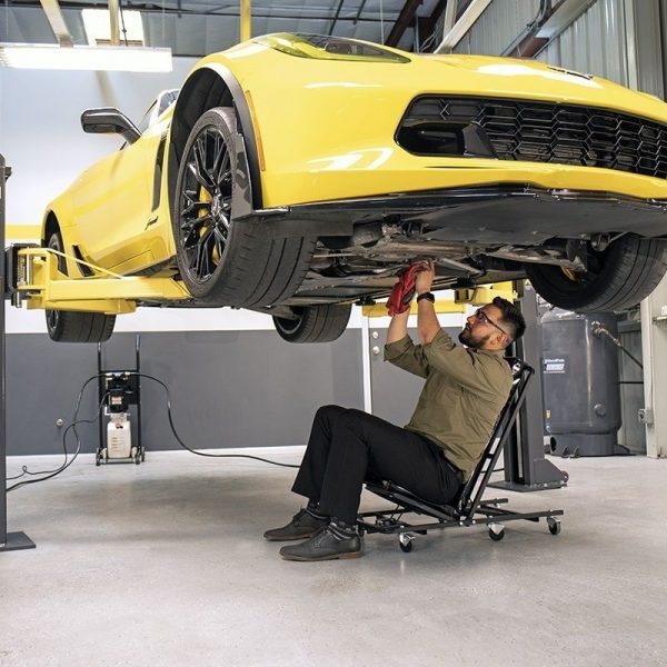 working-under-maxjax-car-lift